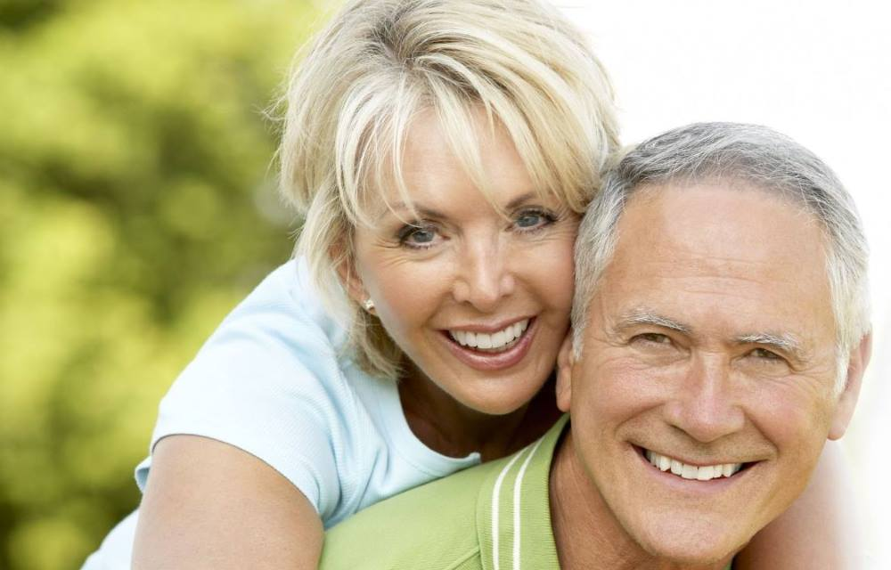 young senior singles Get real senior dating advice from our team of relationship experts includes tips, guides and how-to's for senior dating over 50 over 60 get advice now.